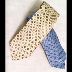 Lot of 2 ~ Statements Ties